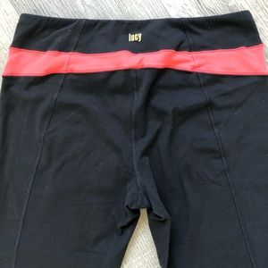 Lucy Capri Black Coral Powermax Small Cropped